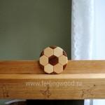 Полки-для-кубков-футболиста-на-заказ-с-гравировкой-Feeling-Wood