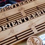 Медальница Orienteering от Feeling Wood