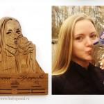 Деревянная-медальница-с-фигурой-спортсмена-и-гравировкой-от-Feeling-Wood-1