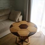 Деревянный-кофейный-журнальный-столик-футбольный-мяч-из-массива-от-Feeling-Wood-8