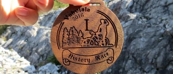 деревянные-медали-для-велогонки-History-Race-от-Feeling-Wood-1
