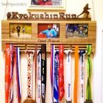 Медальница бег триатлон - держатели для медалей на заказ от Feeling Wood