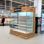 Облицовка деревом холодильной витрины в гипермаркетах Карусель